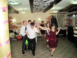13 Танцы обнимацы